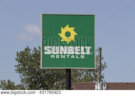 Indianapolis - Circa September 2021: Sunbelt Rentals Location. Sunbelt Rentals Provides Rented Const