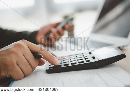 Bookkeeper Using Calculator Counting Finances Taxes Fees Accounting Calculate Bills Money Planning B