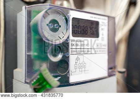 Kilowatt Hour Single Stator Power Company Meter.watthour Meter Of Electricity For Use In Home.this I