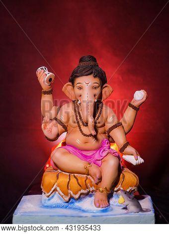 Lord Ganesha, Ganesha Festival, Lord Ganesha On Colorful Background