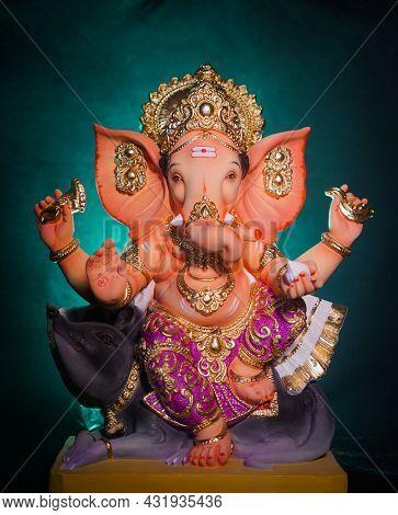 Lord Ganesha, Ganpati, Happy Ganesh Chaturthi, Happy Sankashti Chaturthi, Indian Festival With A Gre