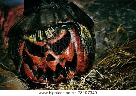 closeup of a scary halloween jack-o-lantern