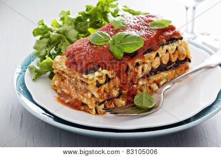 Vegan lasagna with eggplant and tofu