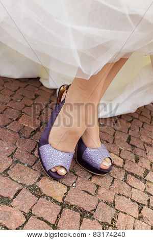 bride purple open toe shoes decorated with strass