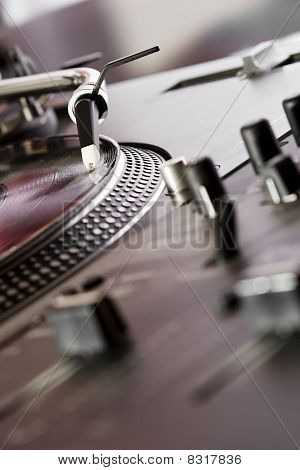 Mixing Controller And Turntable