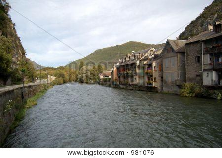 River Garona