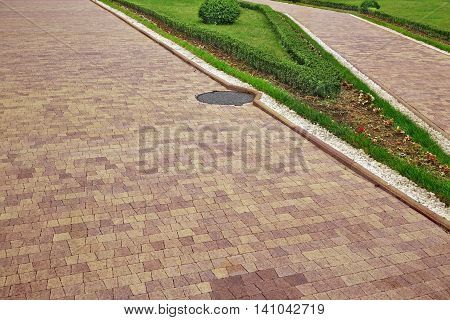Modern Ornamental Garden Landscape With Tiled Colofulr Mosaic Paving