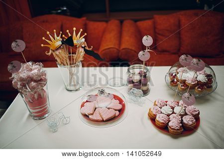 Wedding, bridal, capcake, ceremony, cookie, sweets, pink, cakepops, table