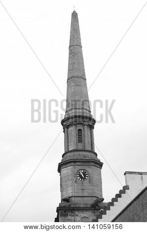 A view of a towering spire in Dunfermline
