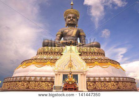 Buddha Maha thamracha 84 years to honor his Majesty tribute