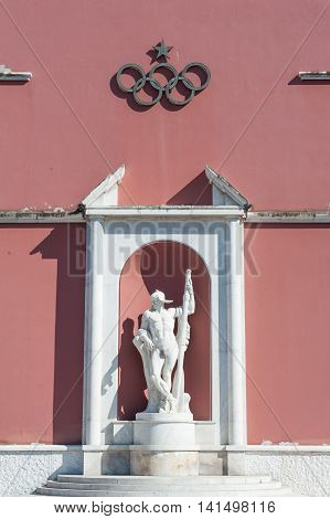 Rome, Italy - August 6Th 2016. Canoeist Statue With Olympics Symbol