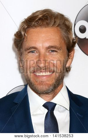LOS ANGELES - AUG 4:  Brett Tucker at the ABC TCA Summer 2016 Party at the Beverly Hilton Hotel on August 4, 2016 in Beverly Hills, CA