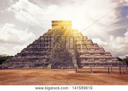 El Castillo (the Kukulkan Temple) Of Chichen Itza, Mexico
