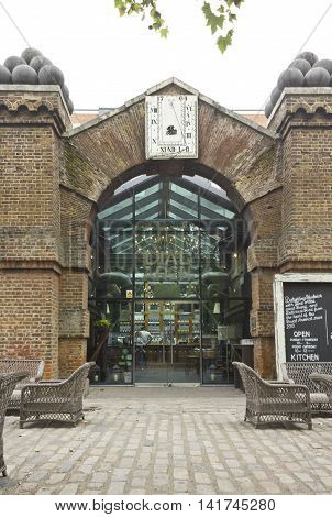 LONDON, UNITED KINGDOM - SEPTEMBER 13 2015: Entrance of the London historic pub Dial Arch in Woolwich Arsenal riverside