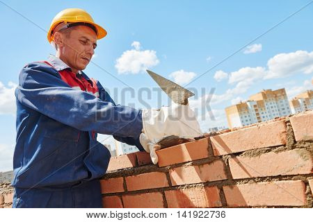 construction worker bricklayer