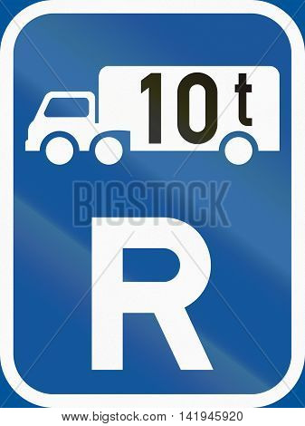 Road Sign Used In The African Country Of Botswana - Reservation For Goods Vehicles Exceeding 10 Tonn