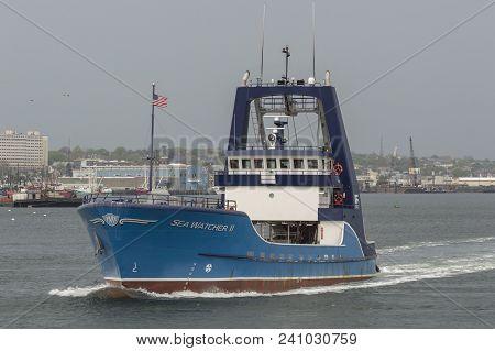 New Bedford, Massachusetts, Usa - May 15, 2018: Clammer Sea Watcher Ii Crossing New Bedford Harbor W