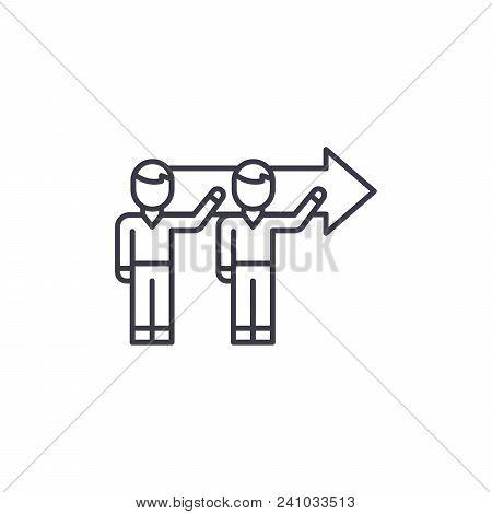 Common Tandem Goal Line Icon, Vector Illustration. Common Tandem Goal Linear Concept Sign.