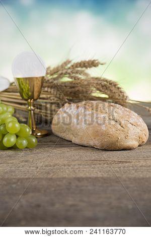 Eucharist, Sacrament Of Communion Background, First Holy Communion, Eucharist, Bible, Bread, Christi
