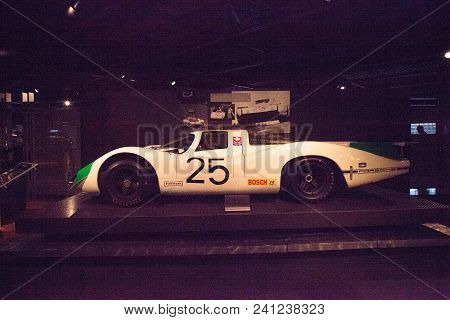 Naples, Florida, Usa - May 5, 2018:  Green And White 1969 Porsche 908 Lh Displayed At The Revs Insti