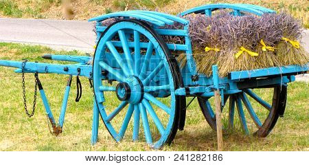 Blue Cart In The Countryside Bouquets Of Lavender Southern France Countryside
