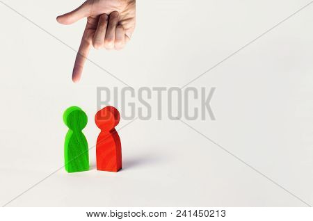 The Choice Of The Right Person Between The Two, The Search For Workers And Employees, The Reduction