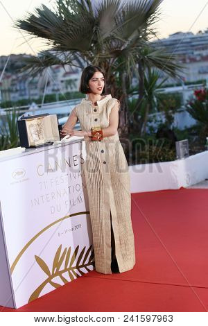 Actress and daughter of Jafar Panahi Solmaz Panahi attends the photocall the Palme D'Or Winner during the 71st Cannes Film Festival at Palais on May 19, 2018 in Cannes, France.