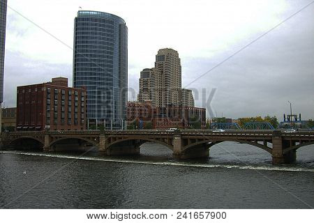 Grand Rapids, Michigan, October 9: Buildings On The Banks Of The Grand River On October 9, 2009 In G