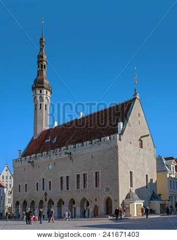 Tallinn, Estonia - May 05, 2018: Town Hall And Town Hall Square Of Tallinn, Estonia. At The Town Hal