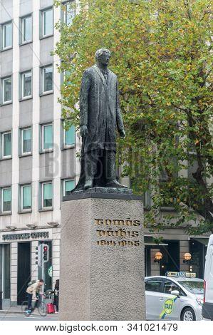 Dublin, Ireland - November 6, 2019: Thomas Davis Statue On Dame Street.