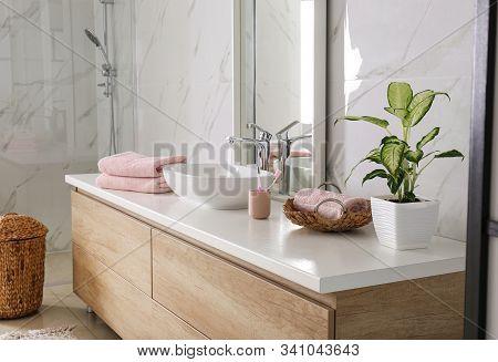 Modern Mirror And Vessel Sink In Stylish Bathroom