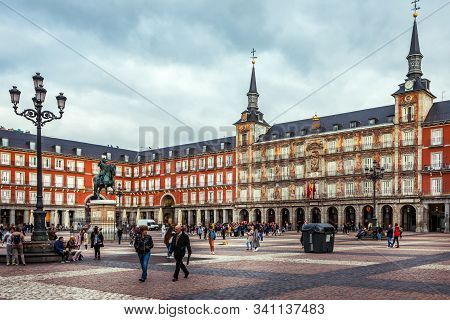 Madrid, Spain - October 19, 2019: Plaza Mayor With Statue Of King Philips Iii In Madrid, Spain.