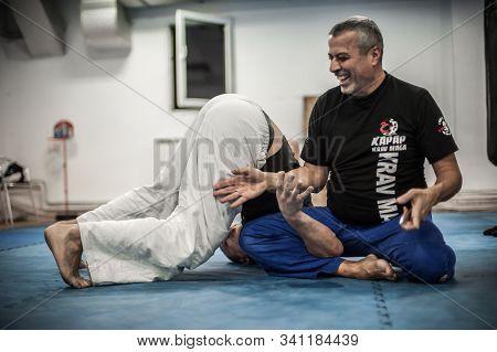 Sensei Master Avi Nardia Explains Knife Threat Self Defense Technique