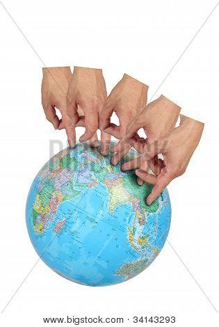 Fingers Travel The World