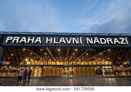 Prague, Czechia - November 2, 2019: People Standing In Front Of The Entrance To Praha Hlavni Nadrazi