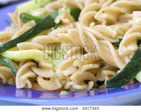 Integral Pasta With Zucchinis