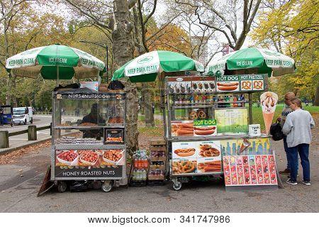 New York, N.y. - Oct 28, 2019: Hot Dog And Pretzel Vendors Inside Central Park In New York City. Cen
