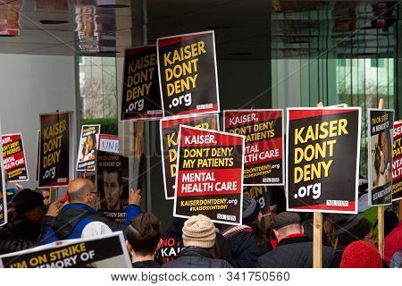 Oakland, Ca - Dec 17, 2019: Unidentified Health Care Workers Protesting At 1 Kaiser, Corporate Offic