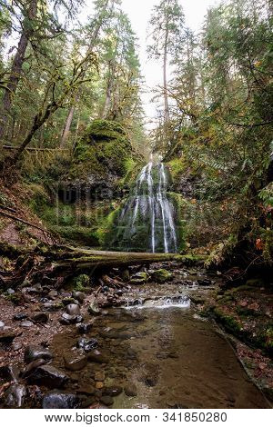 Spirit Falls Umpqua National Forest In Oregon
