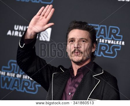 LOS ANGELES - DEC 16:  Pedro Pascal arrives for the 'Star Wars: The Rise of Skywalker' Premiere on December 16, 2019 in Hollywood, CA