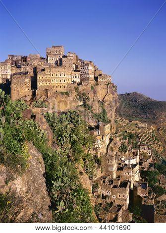View On Hajjarrah,yemen, At Sunset