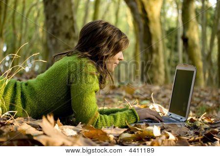 Arbeiten mit einem laptop