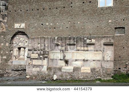 Mausoleo Di Cecelia Metella Fachade Detail In Via Appia Antica At Rome - Italy