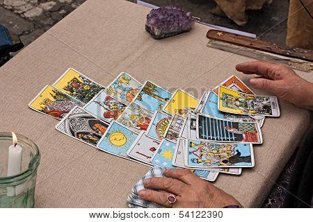 Reading Tarots Cards