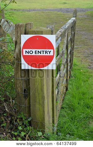 No entry sign.