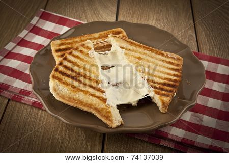 toasted cheddar cheese sandwich turkish toast