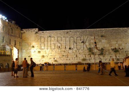 wailing wall - jerusalem old city at evening