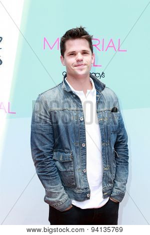 LOS ANGELES - JUN 14:  Charlie Carver at the Children Mending Heart's 7th Annual Empathy Rocks Fundraiser at the Private Location on June 14, 2015 in Malibu, CA