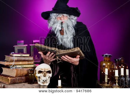 Assistente de Halloween