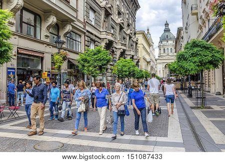 BUDAPEST, HUNGARY - SEPTEMBER 18: Street with tourists in Budapest, on September 18, 2016 in Budapest, Hungary.